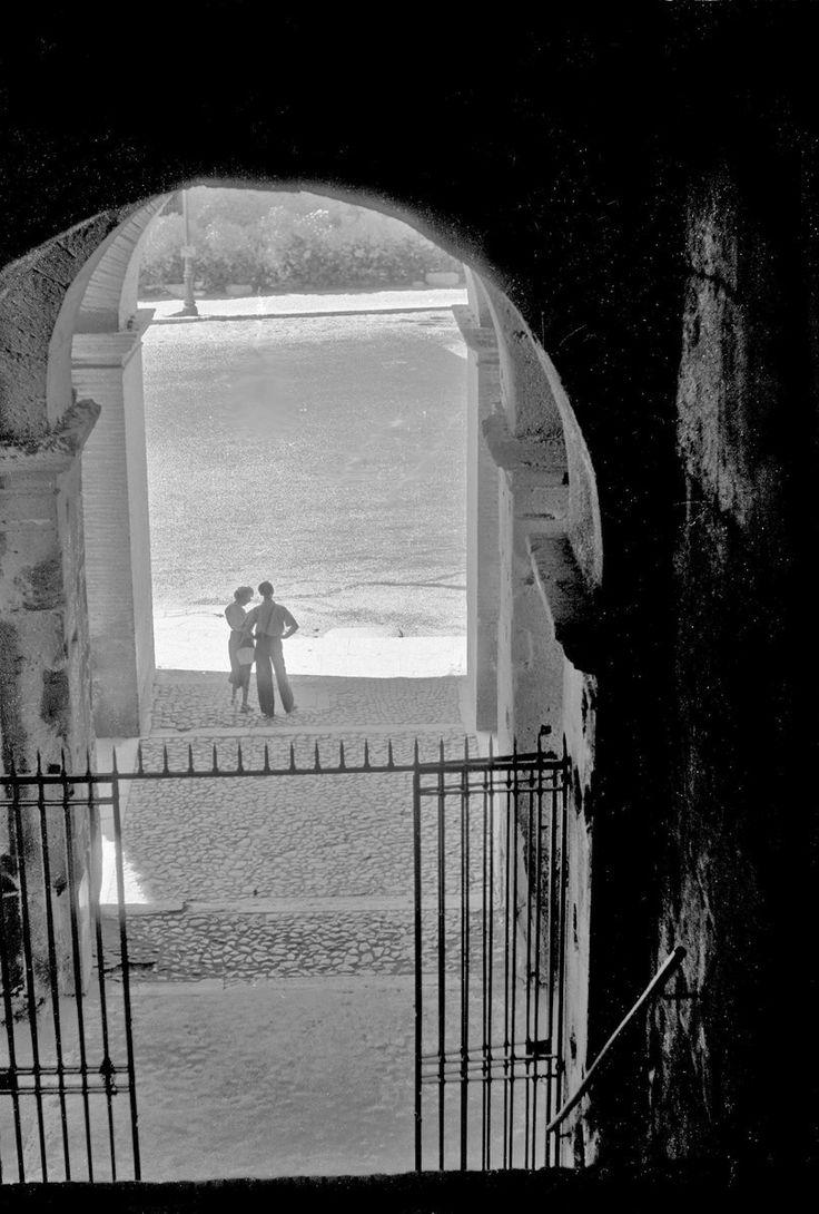 Paar am Kolosseum, Rom, 1953, Werner Hense ©