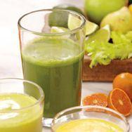 Green Ginger Juice 6 kale leaves 2 cups spinach 1/2 cucumber 4 celery stalks 2 apples 1 (1-inch) piece of ginger Juice of 1/2 lemon (...