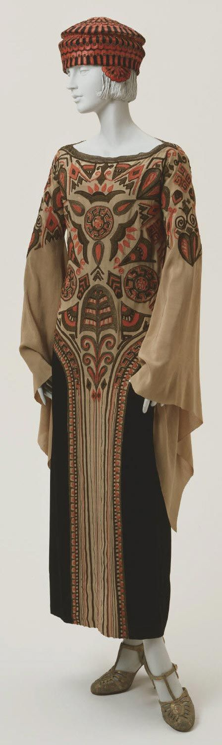 Paul Poiret , Afternoon Dress and Hat, 1923   (Dress) Silk crepe de chine and velvet with silk and metallic thread embroidery; (hat) silk with leather appliqué and metallic thread embroidery