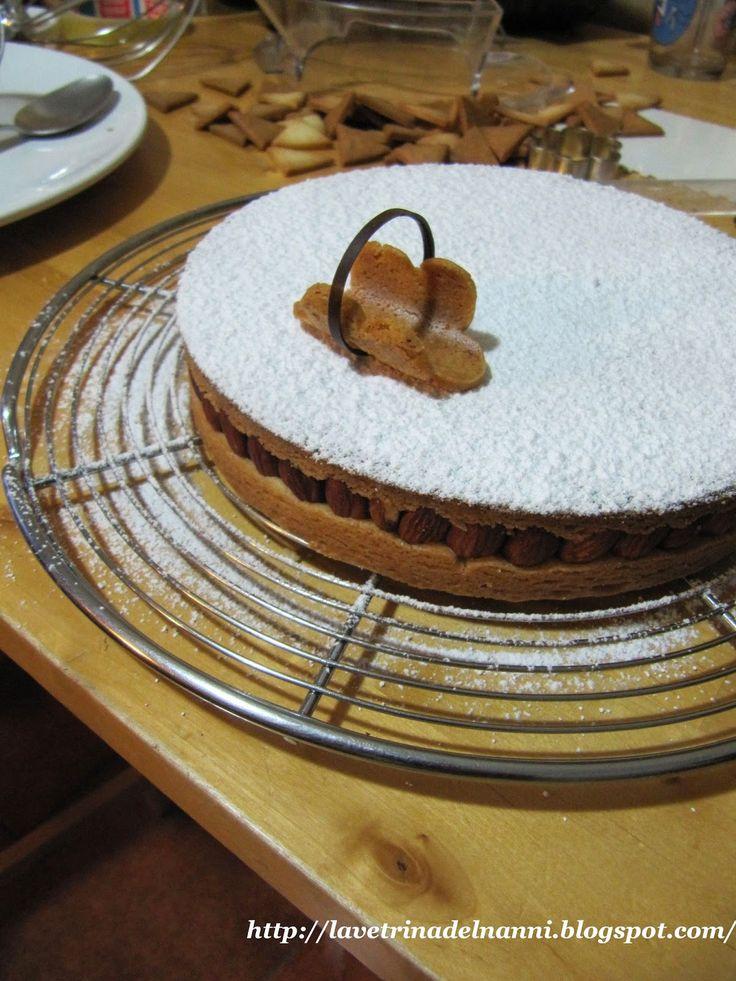 La vetrina del Nanni: Torta Frangipane Mandorle Amarene