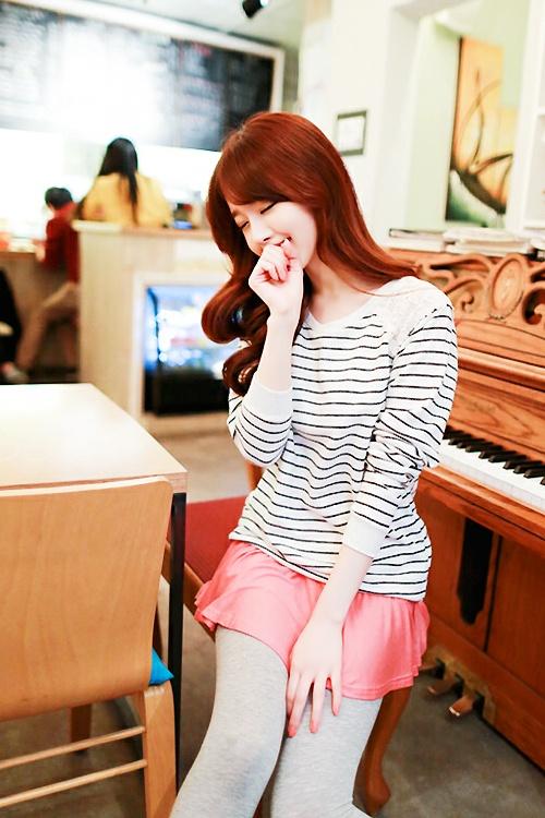 ✮ pretty asian girl ~ ulzzang ~ fashion ~ piano ~ shy ~ cute ~ kawaii ~ beautiful girl ✮