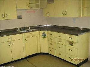 Of vintage yellow metal kitchen cabinets by youngstown for Kitchen cabinets youngstown ohio