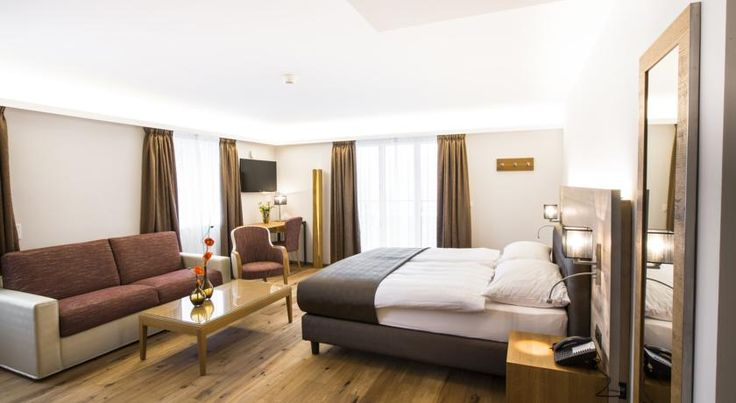 Romantik Hotel le Vignier Avry devant Pont Featuring a gourmet restaurant and a brasserie, Hostellerie le Vignier enjoys a quiet location above Lake Gruyère and offers panoramic views towards the Fribourg Pre-Alps. Free WiFi is available.