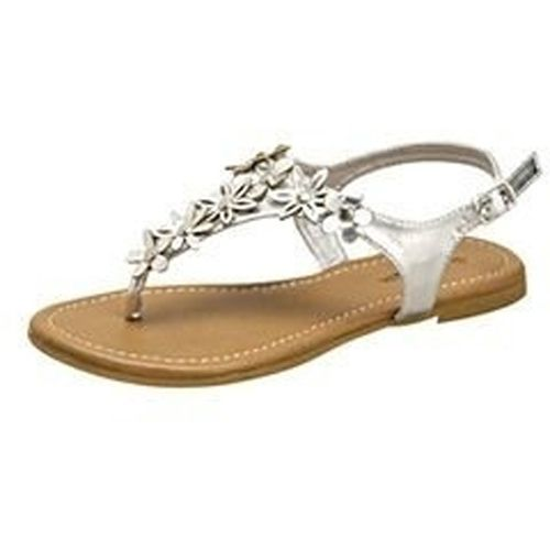 Save 10% + Free Shipping Offer * | Coupon Code: Pinterest10 Material: Man Made Material Brand: Top Moda Product Code: Port-62 Silver Women's Top Moda Port-62 Silver Thong Floral Sandals
