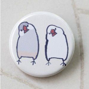文鳥 缶バッチ「首をかしげる文鳥 」                                                                                                                                                                                 もっと見る