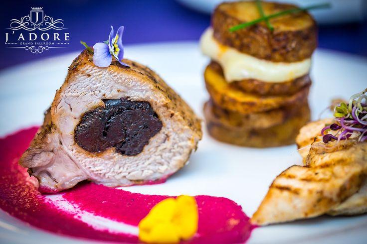 Wedding Food Art !!! J'adore Grand Ballroom - Nitu Vasile 57 ➡️ www.jadore-ballroom.ro ☎️ 0761 280 642 / 0747 999 998