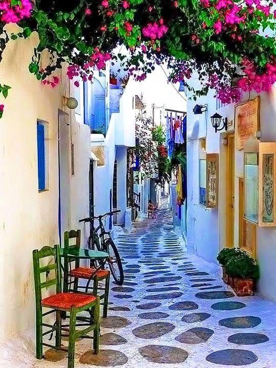Bodrum Yine Güzel Bir Haftayı Müjdeliyor <3 Herkese İyi Haftalar Dilerim... #kellerwilliams #kw #kwbodrum #melekdogan #gayrimenkul #danışman  #emlak #konut #home #house #estate #realestate #sale #realestateagent #perfect #view #bodrum #spring #flowers #color #love #goodmorning #bahargelmişse #günaydın #manor #malikane #private #luxury #luxuryhomes #newweek #happy