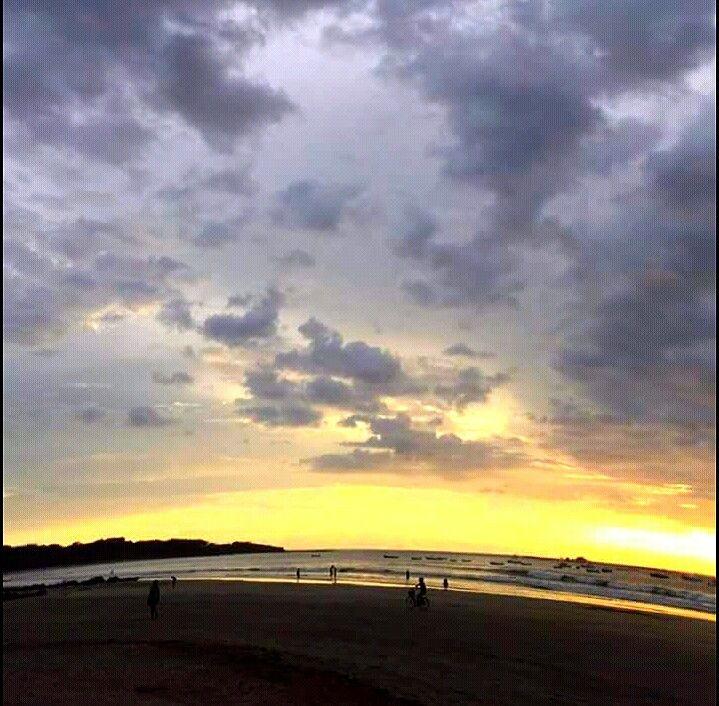 Bello Atardecer En Playa Tamarindo Beach Outdoor Celestial
