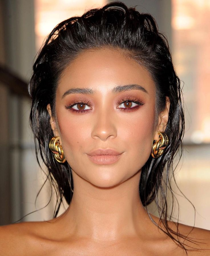 """36.9 mil curtidas, 469 comentários - Patrick Ta (@patrickta) no Instagram: """"Today With @shaymitchell For NYFW Hair By @chadwoodhair Makeup By @patrickta Assisted By…"""""""