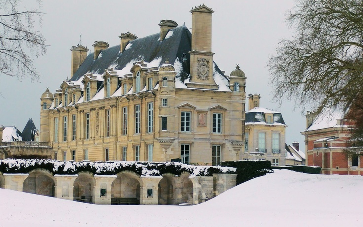 Château d'Anet, Dreux, France - Built by Philibert de l'Orme from 1547 to 1552[1] for Diane de Poitiers, the mistress of Henry II of France.