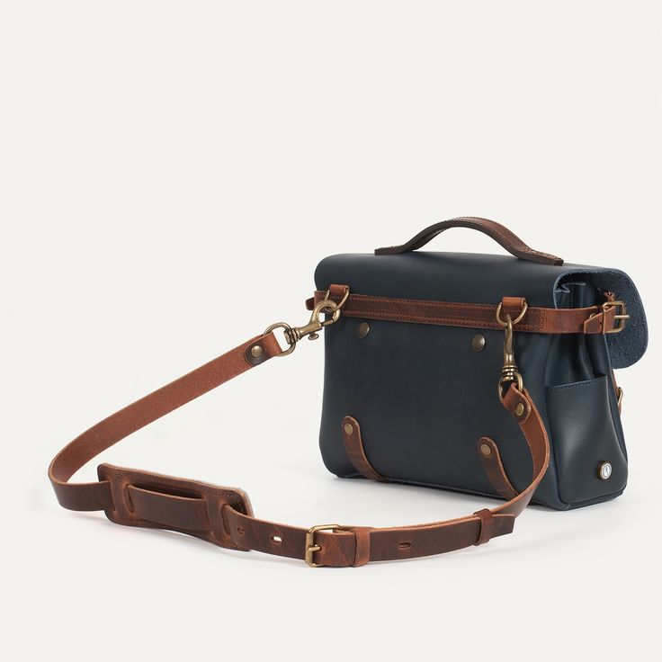 Eclair Postman Bag - Leather Satchel Bag Made in France | Bleu de chauffe