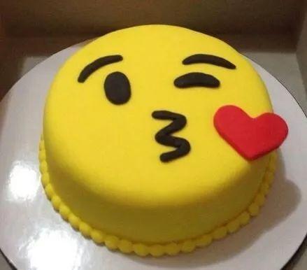 tortas decoradas emoticon emoji