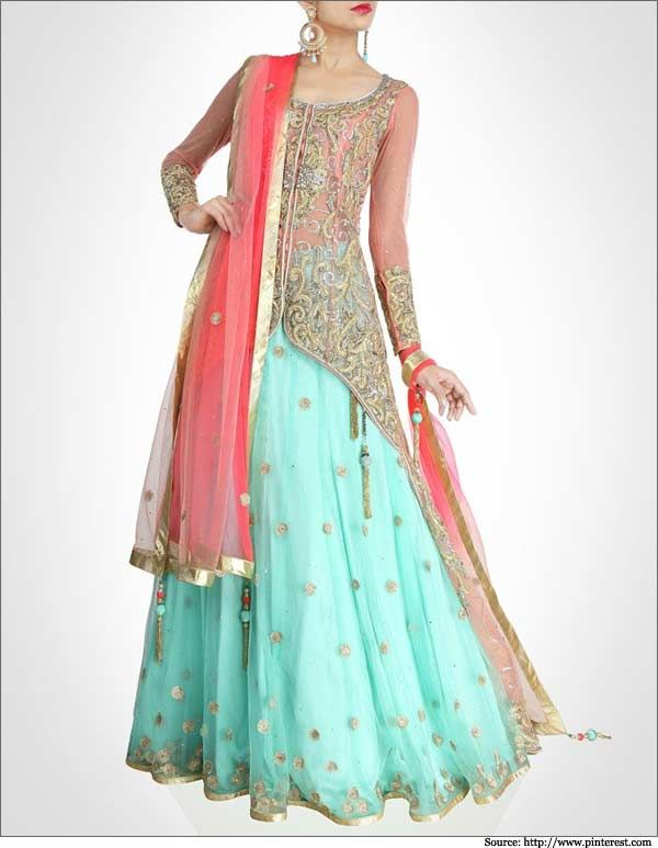 The rich work on the full length blouse is the highlight of this turquoise and coral pink colored lehenga.  #bridallehengas #weddinglehengas