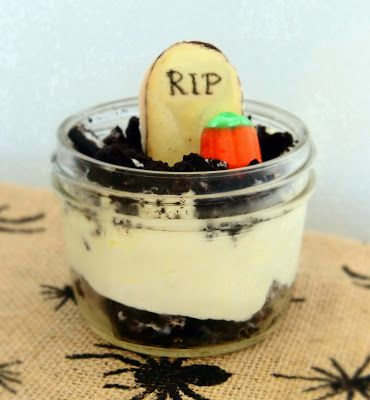 Vanessa Shaffer Designs: Halloween Treat: Graveyard Pudding