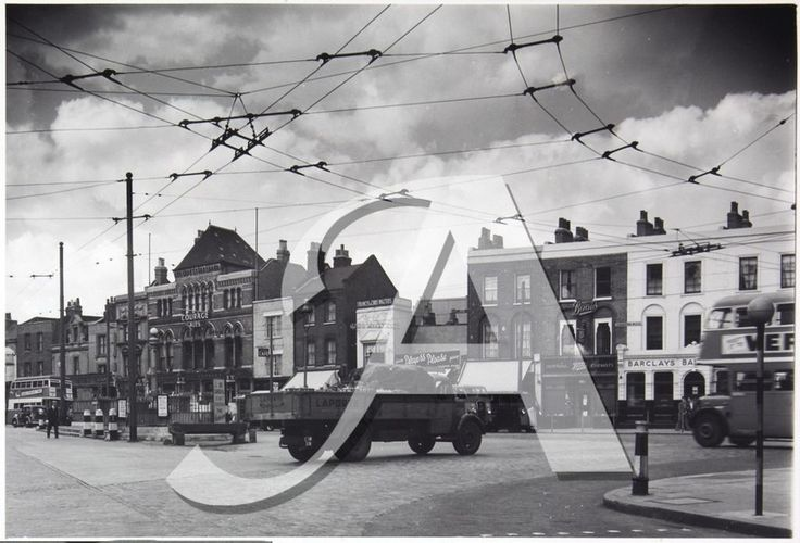 The Eastern 1950 - Commercial Road and West Indian Dock Road Junction