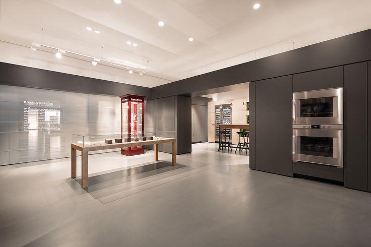ceiling: Più alto 3d, Più piano || Kitchen: Gaggenau