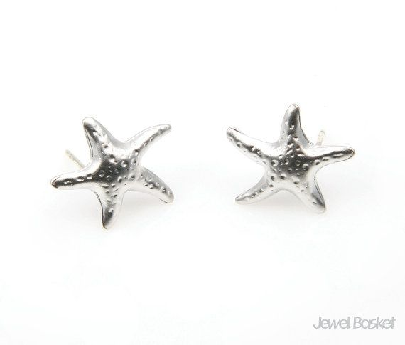 Starfish Earrings in Matte Rhodium   - Matte Rhodium Plated over Tin  - Tin / 14mm x 15mm  - 92.5 Silver Ear Post - 2pcs / 1pack