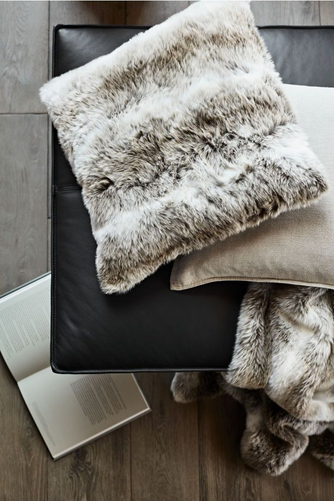 Faux Fur Cushion Cover White Light Brown Home All H M Us Faux Fur Bedding Faux Fur Decor Faux Fur Throw Bedroom