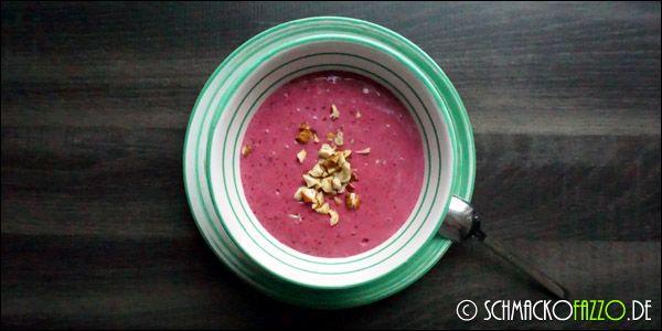 Zuckerfreier Fruchtjoghurt mit Beeren