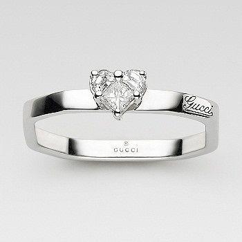 オクタゴナル ハート ソリテール リング - GUCCI(グッチ)の婚約指輪(エンゲージメントリング) グッチのエンゲージリングをまとめました!