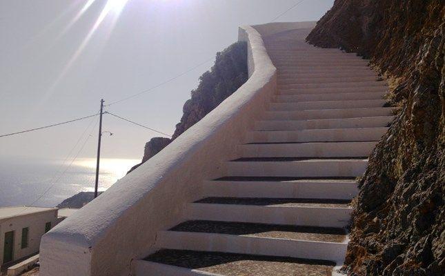 Χώρα Σερίφου http://diakopes.in.gr/trip-ideas/article/?aid=209233 #serifos #island #greece #aegean
