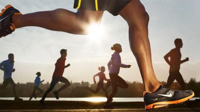 #бег#это_интересно#факт#спортсмен#спорт#family#people#Витаспорт Интересные факты о беге. Бег – это самое доступное и простое физическое упражнение. Во время бега у человека работают все основные группы мышц, способствуя укреплению организма и стройной фигуре. Интересные факты о беге: - Первые олимпийские состязания до нашей эры проводились только по бегу. По преданию первые олимпийские игры были организованы Гераклом в 1210 до н. э. С 776 до н. э. велись записи о играх олимпиад которые…
