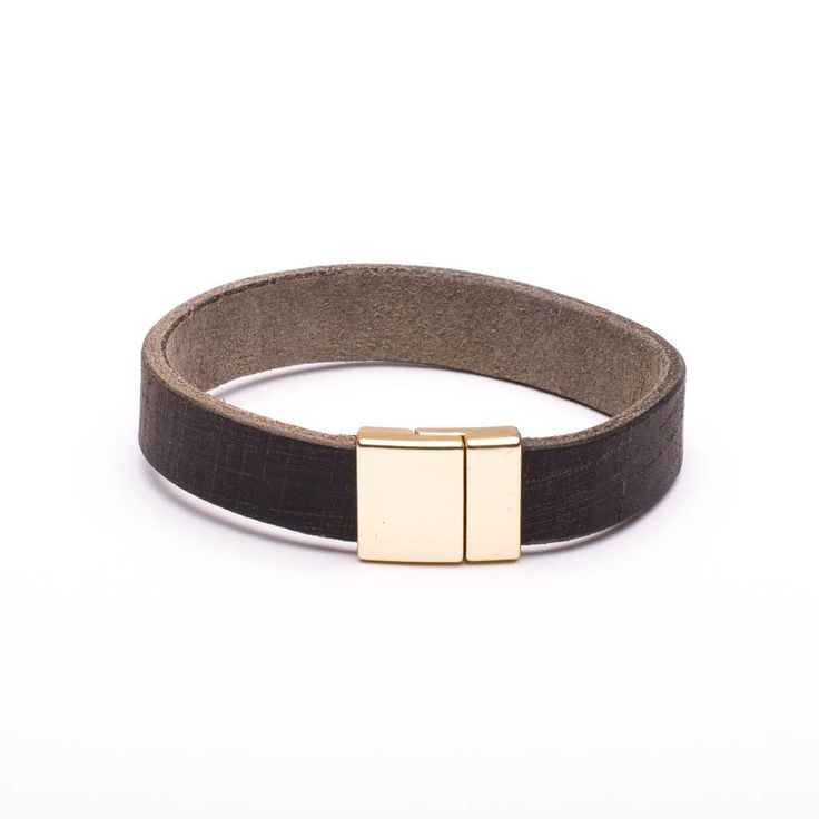 Bracelet Distressed Brown Leather Gold Tone Magnetic Clasp
