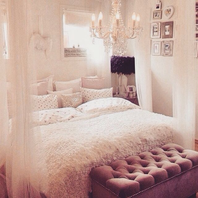 Sweet and Refined - Bedroom Facelift: 50 Marvelous Designs Sure to Wow Any Teenage Girl