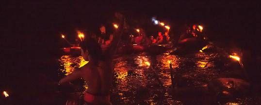 Outbound Bali Night Rafting Stop Point adalah salah satu seling point dari program rafting malam. Sebab akan di tampilkan sebuah tarian traditional Bali yang dikombinasi dengan kontemporer