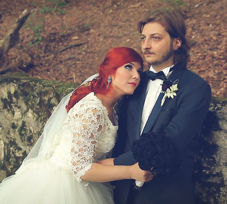 Wedding Dress. Bride. Video. Story. Sara și Ciprian www.cristipaltin.ro Videografie de nunta. Filmare nunta.