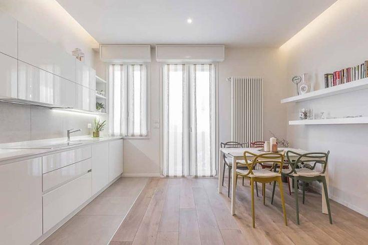 Cucina open space: cucina in stile di facile ristrutturare, moderno