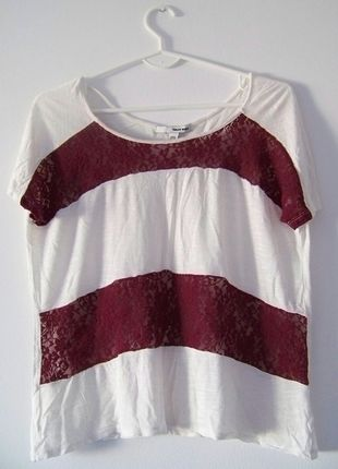 Kup mój przedmiot na #vintedpl http://www.vinted.pl/damska-odziez/bluzki-z-krotkimi-rekawami/12253542-bluzka-biala-w-paski-koronkowe-bordowe-tally-weijl