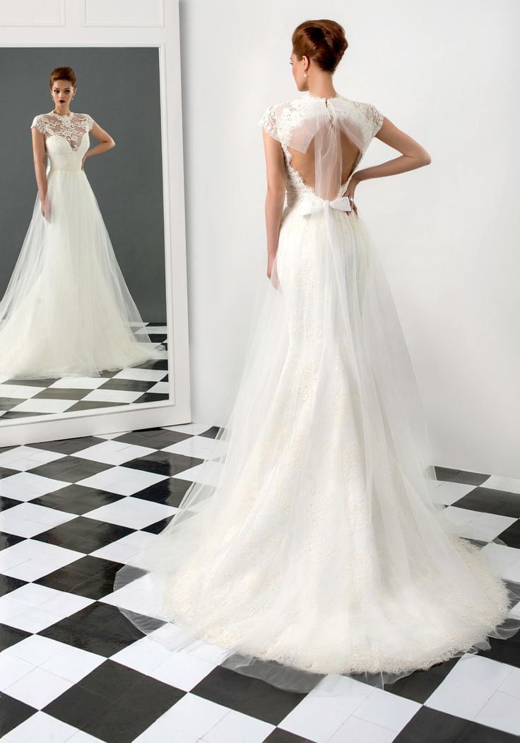 Sophia wedding dress, Bien Savvy 2015 collection  Ask for more details at client@biensavvy.eu
