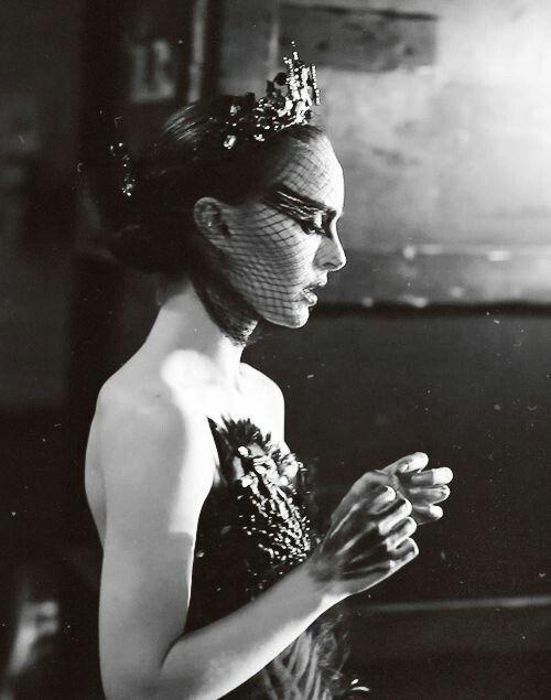 Natalie Portman photographed on the set of 'Black Swan' | 2010