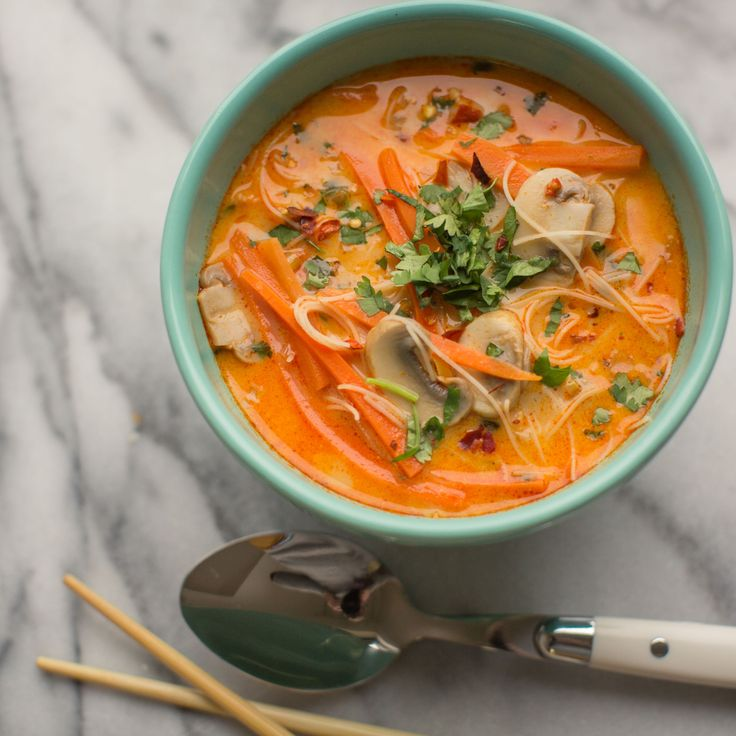 Healthy, simple meal ideas: Thai Coconut Lemongrass Soup #shopmeals #relayfoods
