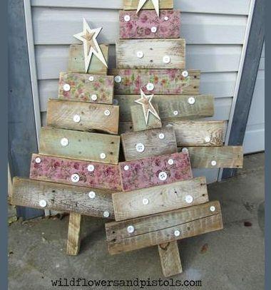 DIY Rustic pallet wood Christmas tree // Rusztikus raklap karácsonyfa - kreatív karácsonyi kerti dekoráció // Mindy - craft tutorial collection // #crafts #DIY #craftTutorial #tutorial #DIYFurniture