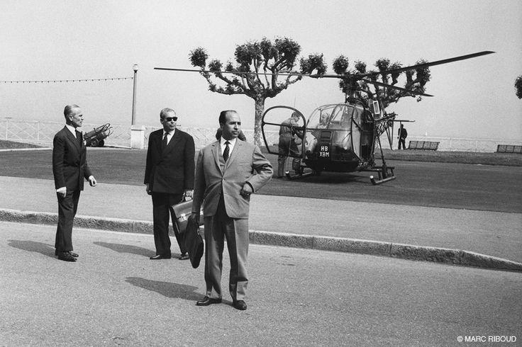 Marc Riboud // Algerie - Evian, 1961. Krim Belkacem (aupremier plan) et Ahmed Francis (au centre).