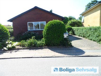 Solsortevej 19, 6000 Kolding - Villa centralt i Kolding i roligt kvarter #villa #kolding #selvsalg #boligsalg #boligdk
