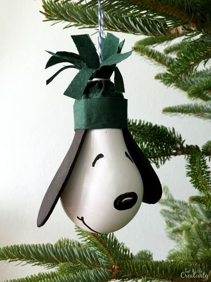 How to make your own Snoopy Ornament