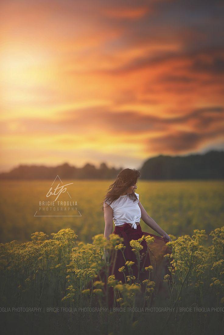 Senior Pictures | Flower Field | Mustard Seed Flowers | Natural Light | Sky Overlay | Senior Girl Pose | Boho | © Bricie Troglia Photography 2016