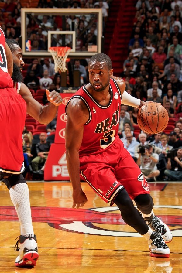 FEBRUARY 6: Dwyane Wade #3 of the Miami Heat drives on a screen