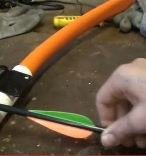 '           ,     http://www.thegoodsurvivalist.com/heres-how-to-make-a-very-powerful-pvc-takedown-bow-cheap-and-easy/