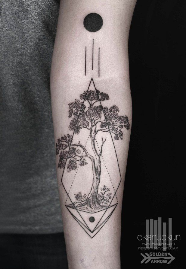 Striking Geometric Blackwork Tattoos by Okan Uçkun