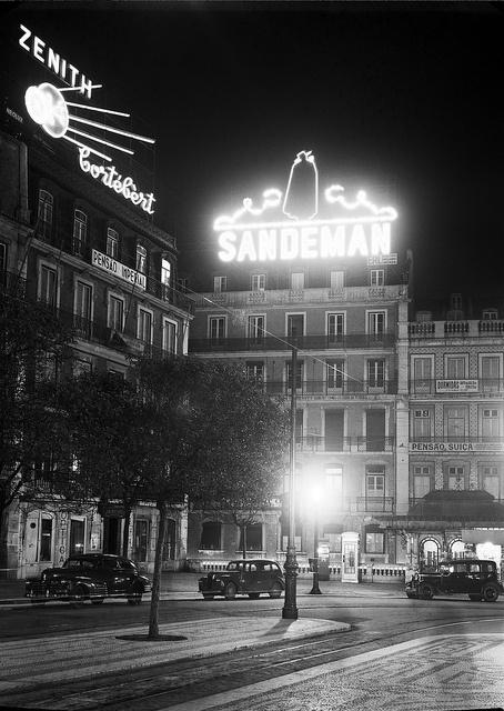 Reclame luminoso, Lisboa, Portugal
