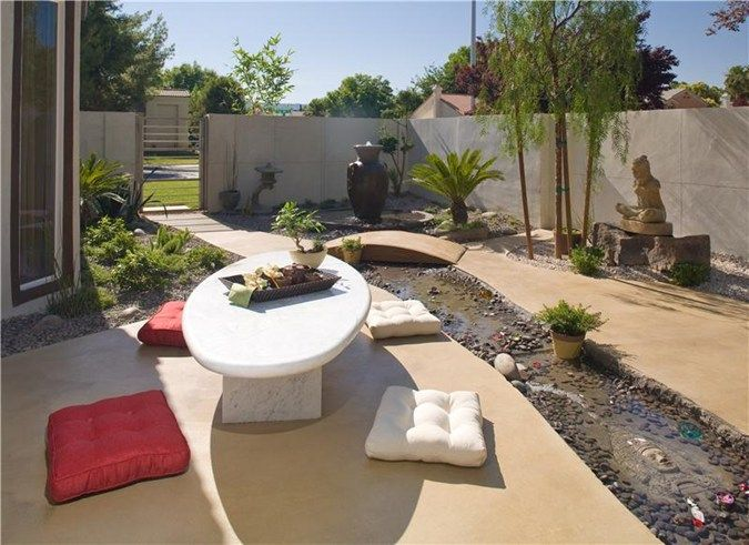 Superior Concrete Patios Semco Modern Seamless Surface Las Vegas, NV