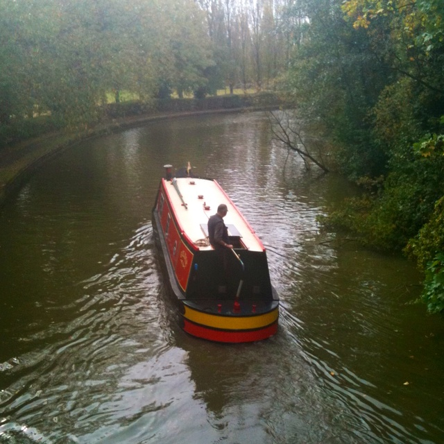 Grand Union Canal runs through Milton Keynes.