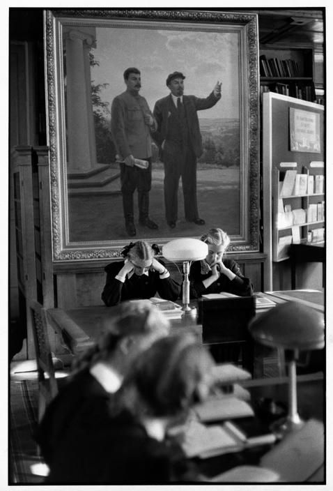 Magnum Photos. Henri Cartier-Bresson SOVIET UNION. Moscow. 1954. Lenin State Library. Inside one of the reading rooms.