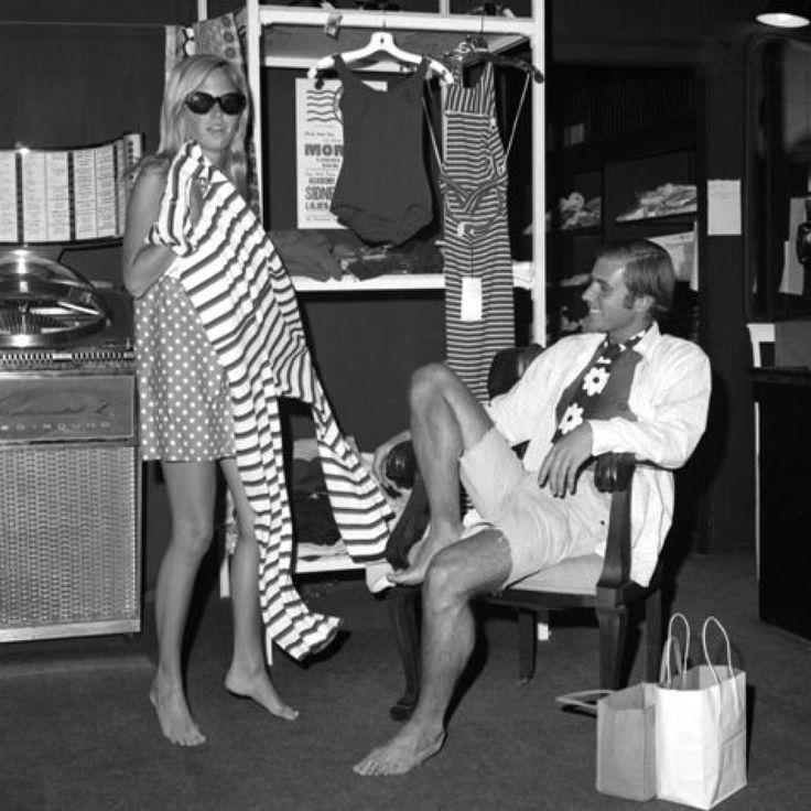 Hamptons...1960s. 60s summer style.