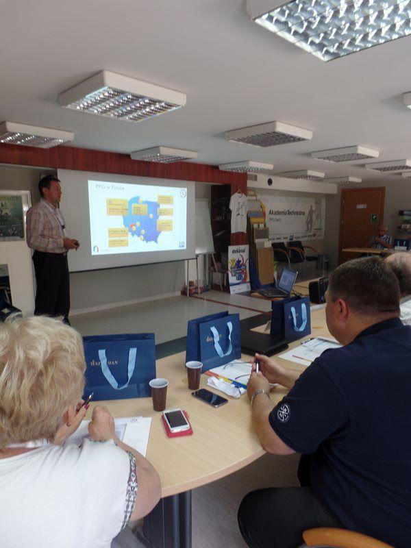 Szkolenia - Dla szkół budowlanych - AT PPG Deco wsparcie, szkolenia i certyfikaty