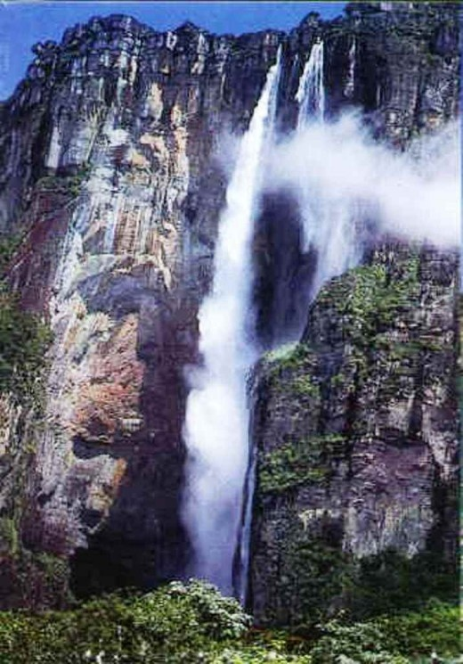 One of the best falls you can ever visit :  The Angel Falls. Breath taking natural beaauty